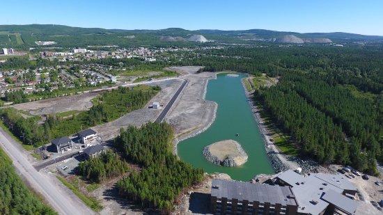 Thetford Mines, Канада: Bassin nautique unique au Québec