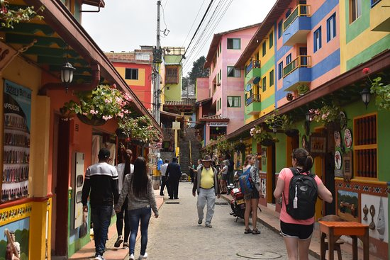 Medellin City Services: Exploring Guatape