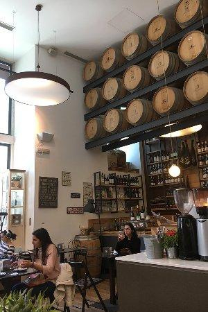delicatessen te koop - Picture of Choupana Caffe, Lisbon District ...