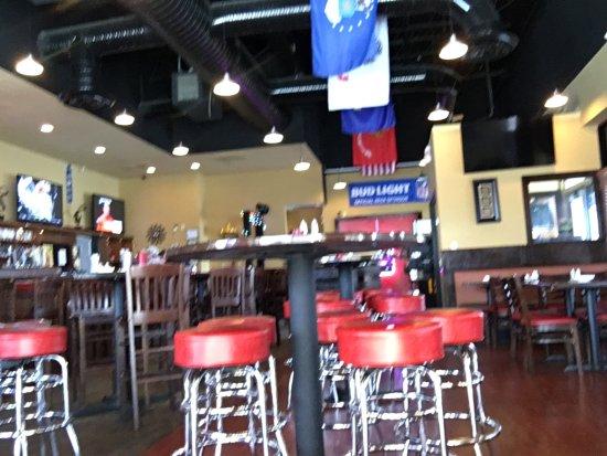 Warrenton, VA: Redzone Bar & Grill
