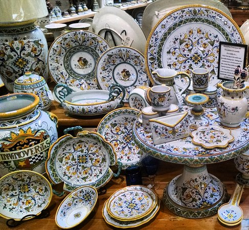 Italian Pottery Outlet Firenze handmade in Deruta. & Firenze handmade in Deruta. - Picture of Italian Pottery Outlet ...