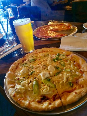 Media, PA: Jumbo Lump Crab Pizza, with my daughters regular pizza in the back. Yum!