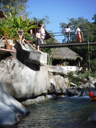 Los Veranos Canopy Tour: The super tall water slide!