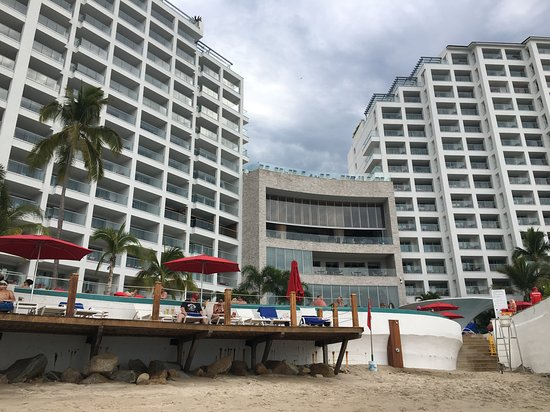 Beautiful hotel & view