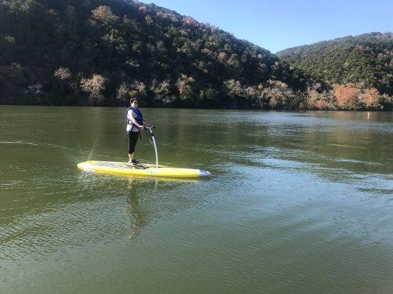 Lake Austin Spa Resort: Water sport on the lake