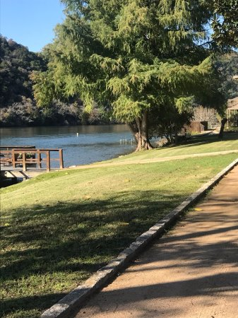 Lake Austin Spa Resort : Meditation path and yoga deck to the right