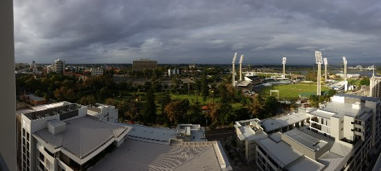 Fraser Suites Perth: Pano shot, so looks much further away than actually is