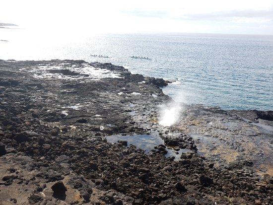 Gray Line - Polynesian Adventure Tours: Spouting Blowhole