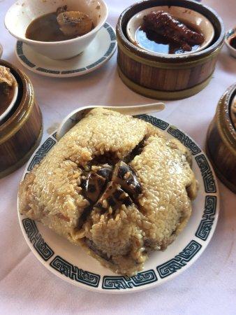 Μίλμπρε, Καλιφόρνια: Huge Chinese tamale for four people to share!