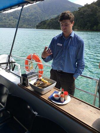 Blenheim, Nya Zeeland: Matt speaking about NZ mussels