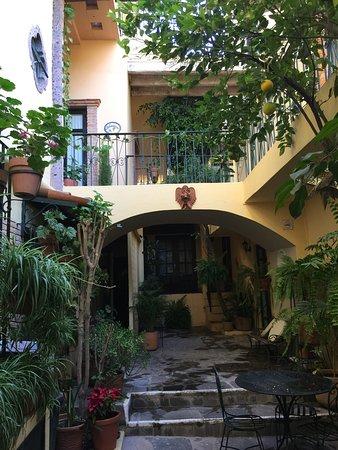 Villa Mirasol Hotel : photo1.jpg