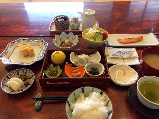 how to say breakfast in japanese