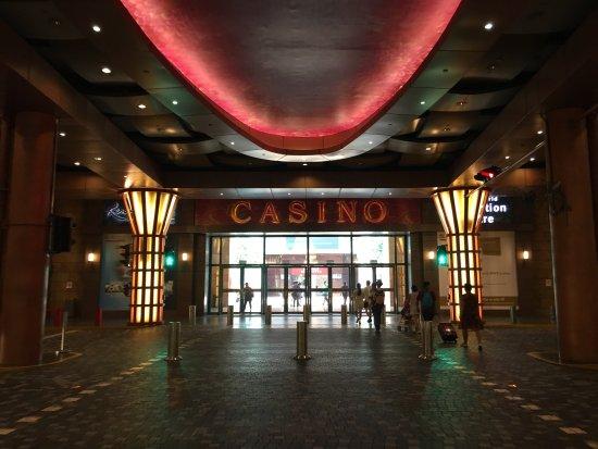 Sentosa casino luggage