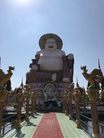 Wat Plai Laem: photo5.jpg