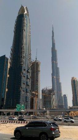 โรงแรมอาราเบียนปาร์ค: Burj Khalifa raggiungibile con la navetta gratuita
