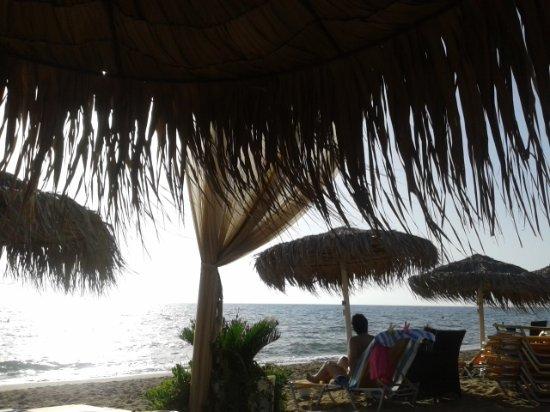 Palouki beach: Παραλία Παλούκι