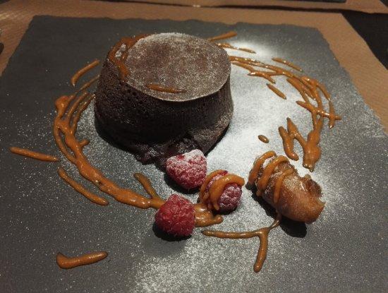 L'Haÿ-les-Roses, France : moelleux au chocolat