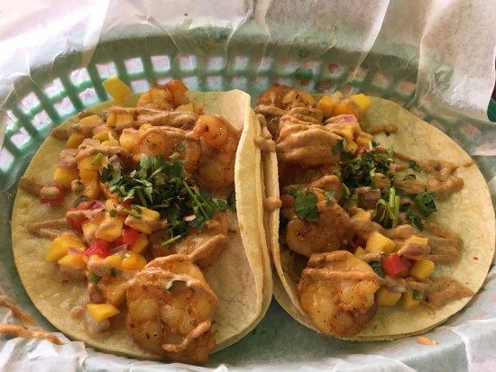 Webster, نيويورك: Bay Vista Taqueria - my shrimp tacos