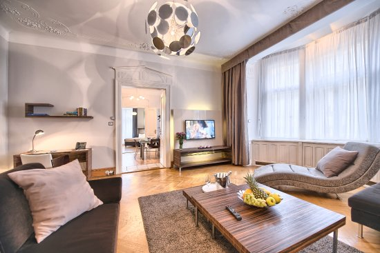 Residence Brehova - Prague City Apartments