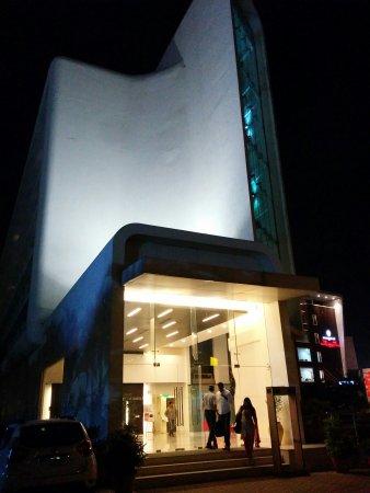 Keys Select Hotel Hosur Road, Bangalore: IMG_20170310_204435_large.jpg