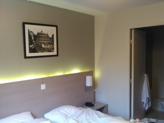 Classics Hotel Bastille: IMG_20170322_075549_large.jpg