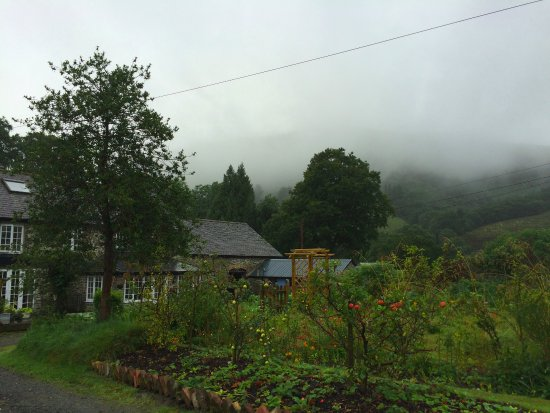 Machynlleth, UK: The house and garden
