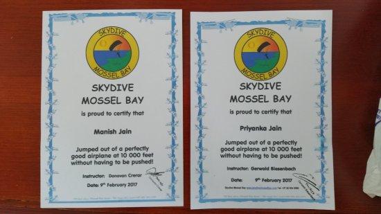 SKYDIVE MOSSEL BAY SOUTH AFRICA Priyanka Jain Manish Jain KOLKATA INDIA