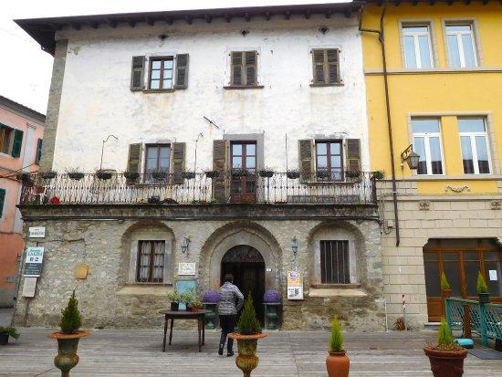 Bagnone, Italy: Caseggiato