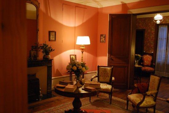 Jarnac, Frankrike: Maison Natale de François Mitterrand : le Salon.