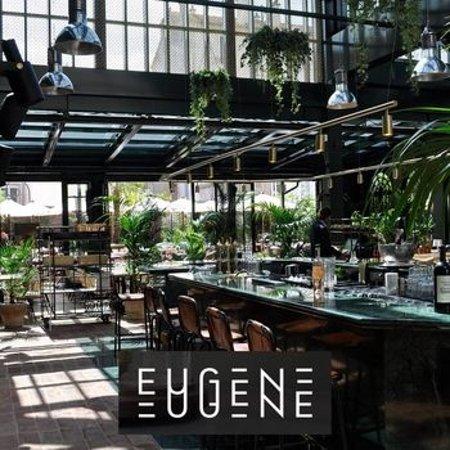 Le Bar Sous La Serre Picture Of Eugene Eugene Puteaux