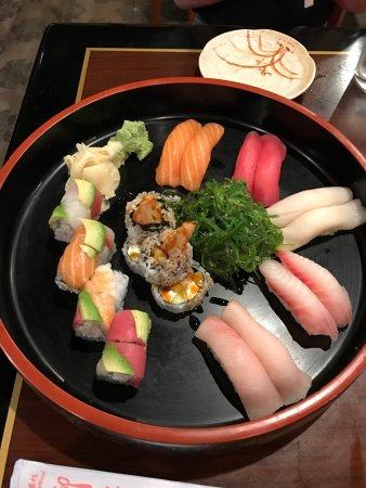 Ohjah Japanese Steakhouse Sushi and Hibachi: Bonsai Sushi box
