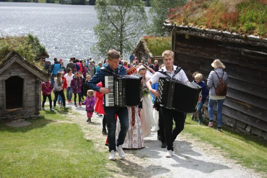 Forde, Noorwegen: Arrangement og utstillingar på museet.