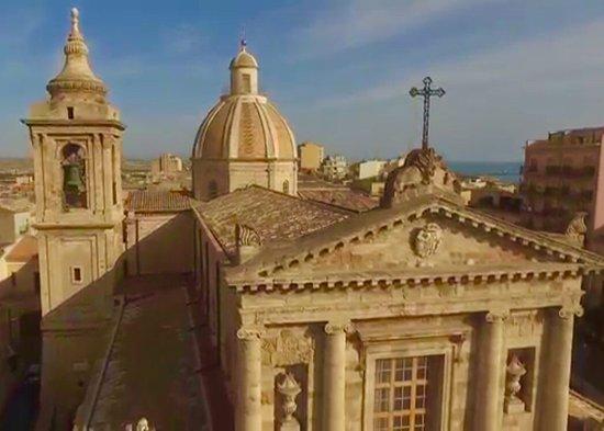 Gela: Chiesa Madre, cupola e campanile