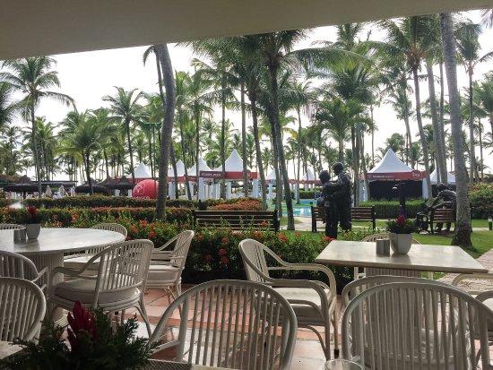 Hotel Transamerica Ilha de Comandatuba: Infelizmente se hospedar aqui no intervalo de dois eventos do Bradesco dá nisso, conviver com ba