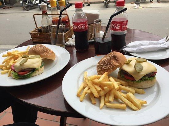Why Not Bar & Restaurant: Burger !