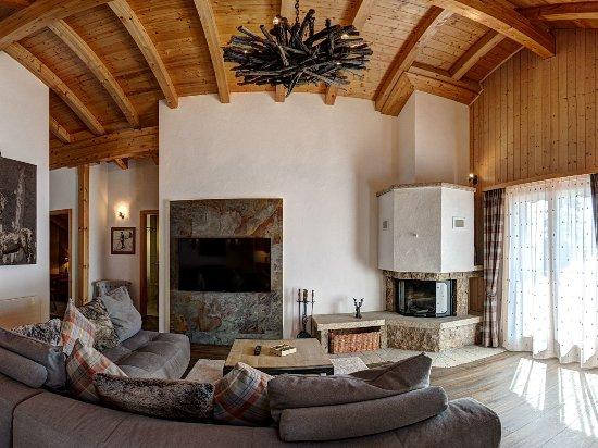 Alpe Fleurie Hotel & Residence: Salon du Chalet Nelly