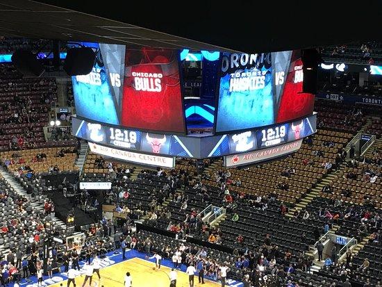 Poor service - Scotiabank Arena, Toronto Traveller Reviews - TripAdvisor