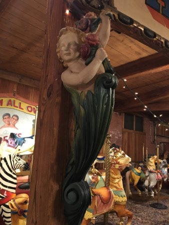 Bristol, CT: Tours and permanent collection at the Carousel Museum