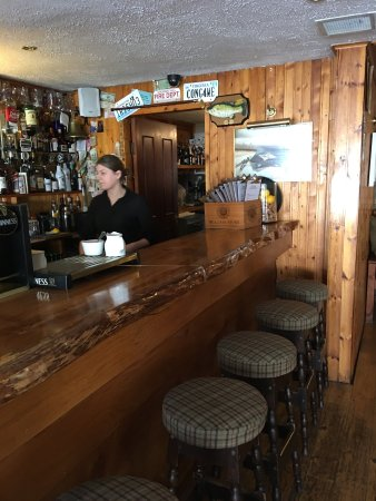 Lydon's Lodge Restaurant: Ms Sharon was excellent