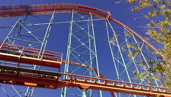 Six Flags Magic Mountain : goliath