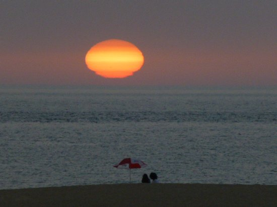 Province of Cadiz, Espanha: Sunset on the beach