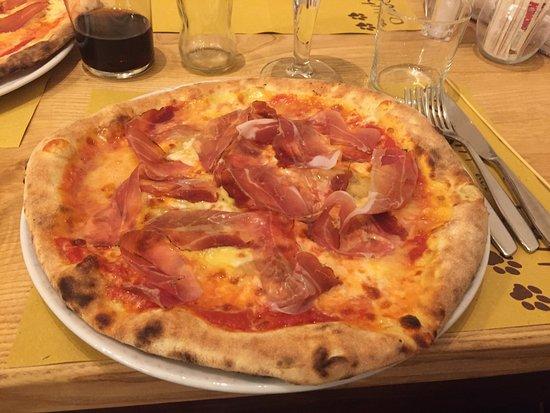 Valmorea, Italia: Pizza