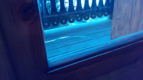Chalet del Sole: vetro rotto