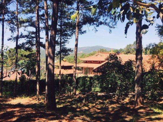Thien Vien Truc Lam: Территория монастыря