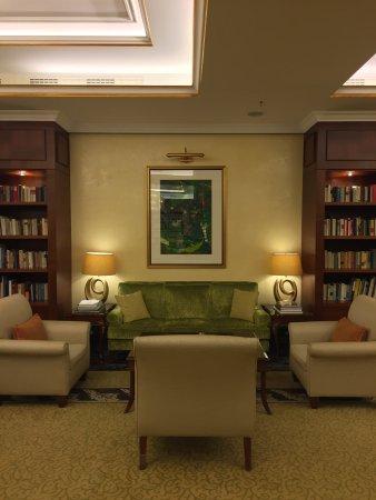 Breidenbacher Hof, a Capella Hotel: Capella Living Room