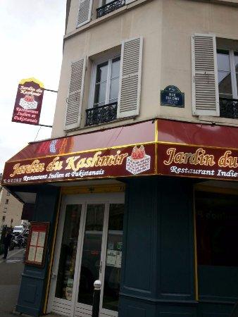 Le jardin du kashmir paris batignolles monceau for Restaurant le jardin paris