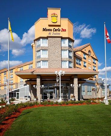 Monte Carlo Inn & Suites Downtown Markham: Hotel Exterior