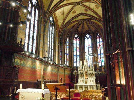 Église Notre-Dame-des-Menus