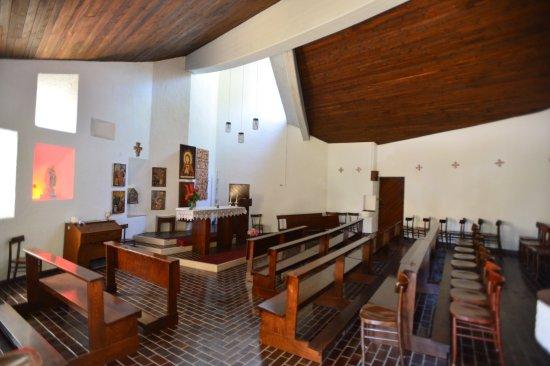 Renon, Italia: Interno della chiesetta