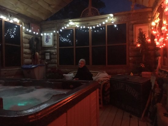 Drake, CO: The Private Hot Tub Saloon